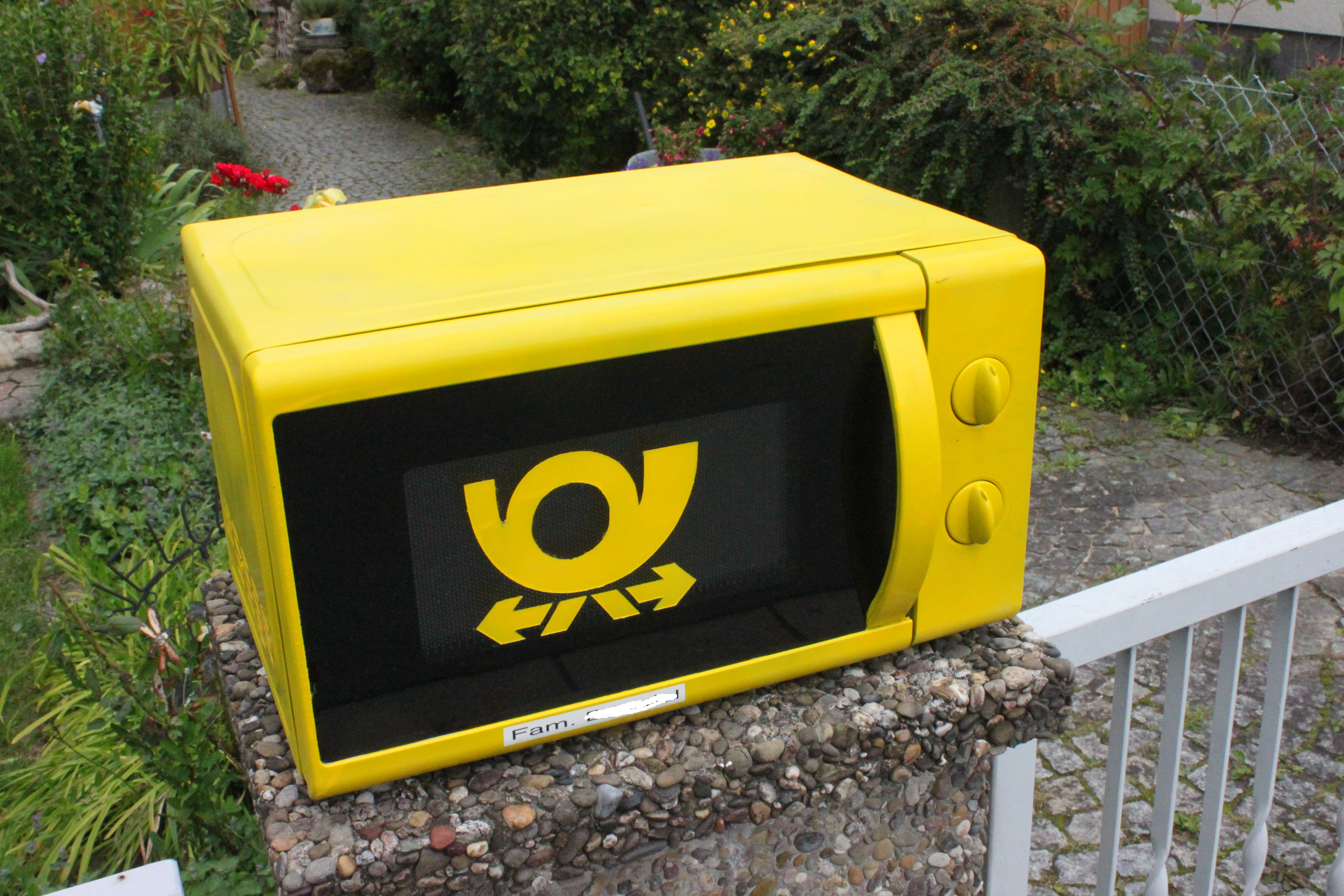 Microwave oven post box